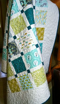 Quilt Baby Toddler Les Amis Handmade Lap Throw Children Crib. Pieces of Pine etsy shop.