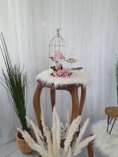 Boho Chic, Table, Furniture, Home Decor, Homemade Home Decor, Tables, Home Furnishings, Interior Design, Home Interiors