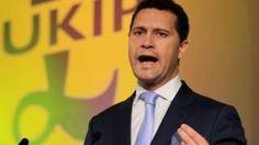 Image copyright                  PA                  Image caption                                      El eurodiputado y uno de sus compañeros de partido mantuvieron una disputa durante una reunión.                                El diputado británico del Parlamento Europeo (PE) Steven Woolfe, favorito a liderar el Partido de la Independencia del Reino Unido