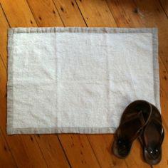 Linen Massage Bath Mat: White