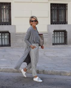Best Fashion Tips For Women Over 60 - Fashion Trends Mature Fashion, Older Women Fashion, Fashion For Women Over 40, 50 Fashion, Look Fashion, Plus Size Fashion, Fashion Outfits, Fashion Trends, Cheap Fashion
