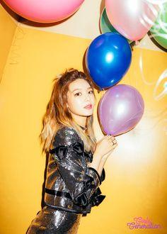 Après Hyoyeon voici Sooyoung ! Les teasers pour le dixième anniversaire du groupe de la SM Entertainment se poursuivent jour après jour. Après nous avoir présenté le concept de ce nouvel album avec…