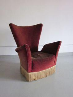 Gio Ponti; Armchair from the Hotel Bristol, Merano, 1940s.