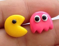 Check out our pacman selection for the very best in unique or custom, handmade pieces from our shops. Fimo Kawaii, Polymer Clay Kawaii, Fimo Clay, Polymer Clay Projects, Polymer Clay Charms, Polymer Clay Creations, Polymer Clay Art, Polymer Clay Jewelry, Clay Crafts