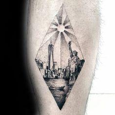 60 New York Skyline Tattoo Designs für Männer - Big Apple Ink Ideen  #apple #designs #ideen #skyline #tattoo