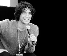 Bob Morley at Supernova in Melbourne (x) Bob Morley, Bellarke, The 100 Cast, It Cast, Eliza Taylor, Famous Men, Famous People, The Expendables, Book Show