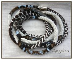 African stripes by Angelica - excellent crochet work Seed Bead Jewelry, Jewelry Art, Seed Beads, Beaded Jewelry, Jewellery, Crochet Beaded Bracelets, Bead Crochet Rope, Beaded Crochet, Ropes