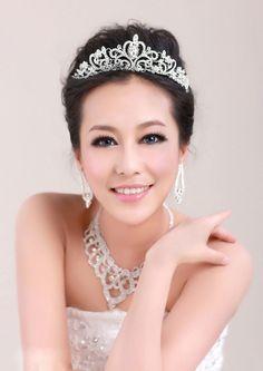 grinalda, tipo coroa, para noiva ou debutante