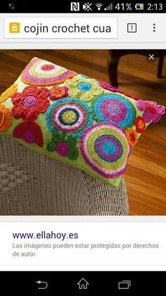 Cojin con crochet