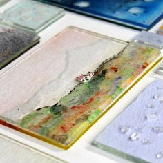 This class will teach you how to use Glassline pens, Bullseye glass powders, frits and Flexi-Glass to great effect in landscape pictures.