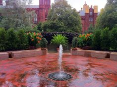 The Fountain Garden includes a Moorish-inspired wall fountain, in which the water falls over a vertical surface. This provides a soothing sound and cools the ambient air during the warm summer months. The wall is planted with vines that form a veil or chador, thereby alluding to the cultural roots of the original fountain in what is now Spain.
