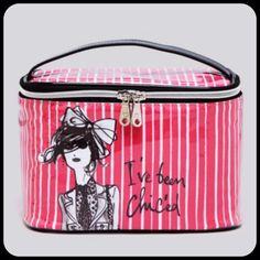 iZAK I've Been Chic'd Larger zip top toiletry/ makeup bag, 5 inside pockets fully lined, NWT iZAK Bags