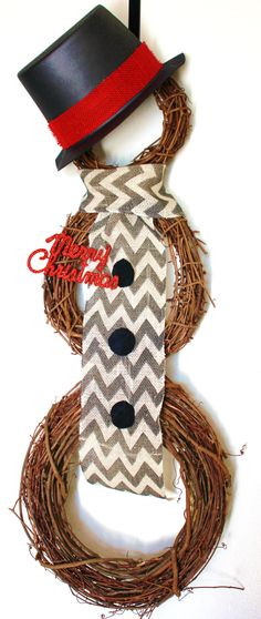 Chevron snowman wreath...super cute! @Erin Askenasy and @Autumn Wilkins