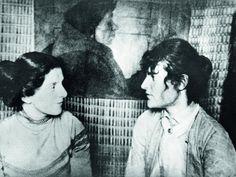Paula Becker mit Clara Westhoff in Paula Beckers Atelier, um 1899,Paula Modersohn-Becker-Stiftung