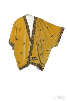 Evening coat, Babani, 1915-20. Les Arts Decoratifs.