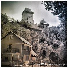 #castle #history #karlstejn #heritage #art #architecture #temple #saint #king #photography #photooftheday #photo #sun #2016 #forest #house #czech #czechia #czechrepublic #česko #české #českárepublika #unescoworldheritage #museum