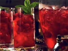 I made this Raspberry Mint Tea from FoodNetwork.com last night for our Intuitive Meetup class, it was a hit. Love it.