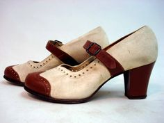 Love these 1940s suede and leather shoes