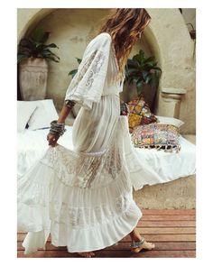 Love smiles ever  #goodnight #buenasnoches #wedding #weddingday #boda #bride #bridetobe #bridal #onedaybridal #onedaybride #novia #groom #bridaldress #vestidodenovia #weddingdress #style #bohobride #bohemia  #bohemian #inlove #amazing #espectacular #beautiful #stunning #weddinginspiration #inspiration #love #like #picoftheday #siempremia