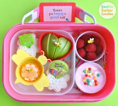 Bee a Reader Bento School Lunch in a yubo
