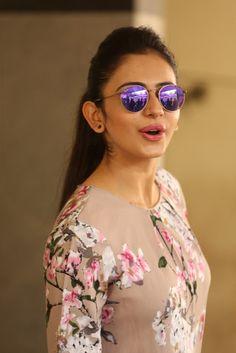 Rakul Preet Singh Latest Images In Beautiful Skirt - Actress Doodles Beautiful Bollywood Actress, Most Beautiful Indian Actress, Beautiful Actresses, South Actress, South Indian Actress, Actress Pics, Latest Images, Indian Bollywood, Bollywood Celebrities