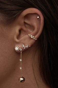 Rose Gold Bar earrings in Rose Gold fill, rose gold bar studs, gold bar post earrings, minimalist jewelry - Fine Jewelry Ideas - accessories - Ear Piercings Ear Jewelry, Cute Jewelry, Gold Jewelry, Jewelry Accessories, Women Jewelry, Gold Bracelets, Jewelry Ideas, Jewelry Necklaces, Jewelry Holder