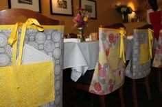 Aprons as bridal shower favors - what a great idea! Plus the door prizes were kitchen themed - love it!
