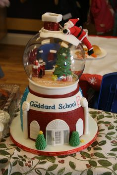 Snow globe Christmas Cake by Way Beyond Cakes I love everything about this cake! :) the colors, the detail, and neat work.