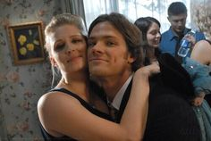 """Samantha Smith and Jared Padalecki, and Jensen Ackles creeping in the background! Season episode 20 """"What Is and What Should Never Be"""" Sam Dean, Dean Castiel, Jensen And Misha, Jensen Ackles, Bobby, Samantha Smith, Sam Smith, Bitch, Winchester Boys"""