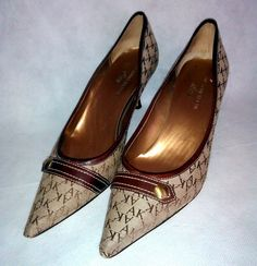 ~ ~ ~ ANNE KLIEN Shoes ~ Women's Brown Logo Pumps ~ Size 7.5M 7.5 M B ~ ~ ~ #AnneKline #PumpsClassics