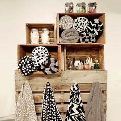 Home-Dzine - Ideas for bathroom shelves