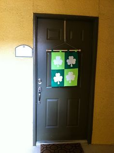 St. Patrick's Day shamrock flag tutorial