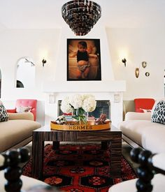 Love the double sofas, and the layout facing each other. Could do this with a fireplace too??