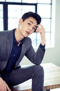 Ji Soo - Basso Homme (S/S // Surprise surprise. He looks great in a suit ^^ Park Bo Young, Strong Girls, Strong Women, Asian Actors, Korean Actors, Park Hyun Sik, Ji Soo Actor, Friendzone, Johnny Orlando