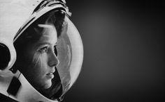 Retro Astronaut « Destkop BackgroundsDestkop Backgrounds