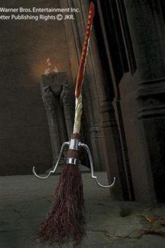 Firebolt Broom (147 cm)