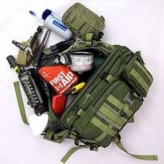 Bug Out Bag --You can never know when disaster will strike, but you can be prepared. One of the best ways to prepare for unexpected disaster is to have and prepare a bug-out bag. So what is a bug-out bag and what should go into a bug-out bag? Urban Survival, Survival Knife, Survival Prepping, Emergency Preparedness, Survival Gear, Survival Skills, Emergency Kits, Survival Hacks, Homestead Survival