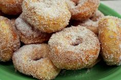 """Sugar doughnuts - these look like delicious donuts we eat at """"The Logging Camp"""" up in Park Rapids, MN Donut Recipes, Healthy Dessert Recipes, Snack Recipes, Snacks, Desserts, Chocolate Almond Milk, Chocolate Donuts, Delicious Donuts, Yummy Food"""