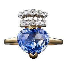 1stdibs.com   4.60 Carat Kashmir Sapphire and Diamond Ring
