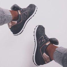 Authentischer Herbst und Winter Herren Schuhe Adidas Decade