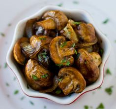 Balsamic Mushrooms and Onions are perfect on the side of steak or chicken! You make them while your meat rests under a tent of foil. Gluten free and vegan. Summer Side Dishes, Healthy Side Dishes, Side Dishes Easy, Side Dish Recipes, Healthy Sides For Steak, Paleo Recipes, Low Carb Recipes, Cooking Recipes, Medifast Recipes