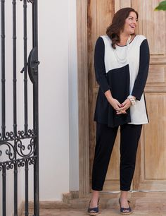 Box 2 navy/cream crepe jersey two tone top and narrow trouser