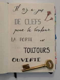Valentine's Day Quotes : Belle citation pour mon bullet journal français Life Quotes Love, Valentine's Day Quotes, Best Quotes, Favorite Quotes, Funny Quotes, Valentines Day Sayings, Bullet Journal Key, Quote Citation, French Quotes