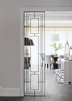 Art deco style - pretty partitions and dreamy dividers on NONAGON.style Art deco style – pretty partitions and dreamy dividers on NONAGON.style Art deco style – pretty partitions and dreamy dividers on NONAGON. Home Interior, Living Room Interior, Interior Architecture, Interior Doors, Living Rooms, Interior Ideas, French Interior, Art Deco Interior Living Room, American Interior