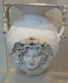 Terracotta two-handled vase with Medusa Greek South Italy Apulian Canosan late century BCE Met Ancient Greek Art, Ancient Greece, Ancient History, Medusa Gorgon, Greek Pottery, Minoan, Ancient Artifacts, Terracotta, Sculpture