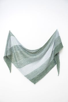 Ravelry: Sea Grass shawl with DyeForYarn Merino/Silk Fingering - knitting pattern by Janina Kallio.