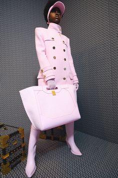 Pop Fashion, Fashion News, Fashion Show, Runway Fashion, French Fashion, High Fashion, Fashion Trends, Balmain, Fashion Calendar