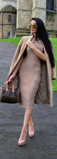 ALL THINGS NUDE / Fashion By Laura Badura