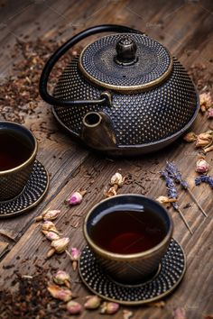 Cast iron teapot by Grafvision photography on Creative Market - - Cast iron teapot by Grafvision photography on Creative Market Çajnik Gusseiserne Teekanne von Grafvision Fotografie auf Creative Market Café Chocolate, Pause Café, Tea Time Snacks, Types Of Tea, Tea Pot Set, Teapots And Cups, Tea Ceremony, High Tea, Afternoon Tea