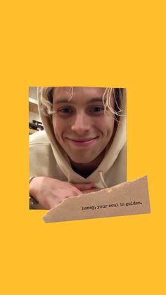 Honey Lukey Lockscreen